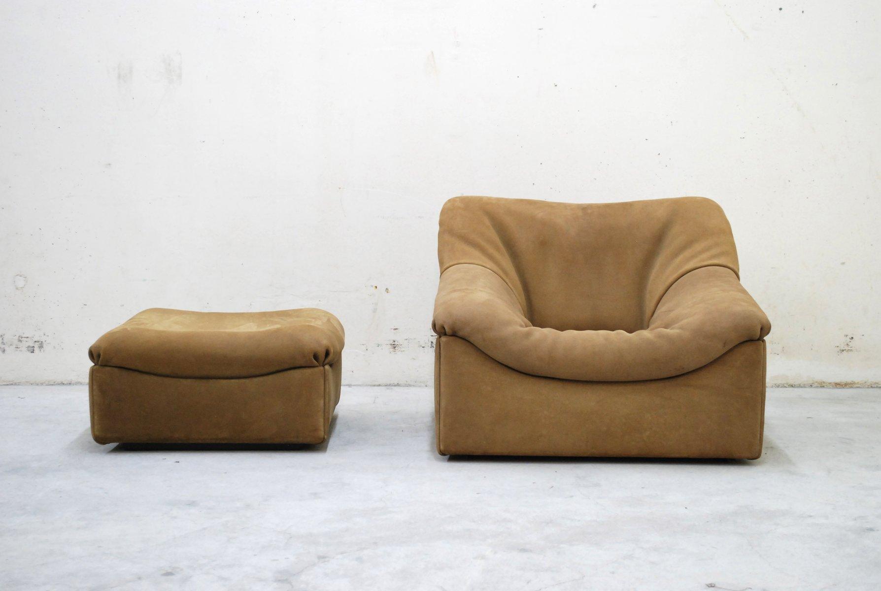 ds 46 brauner leder sessel mit hocker von de sede bei. Black Bedroom Furniture Sets. Home Design Ideas