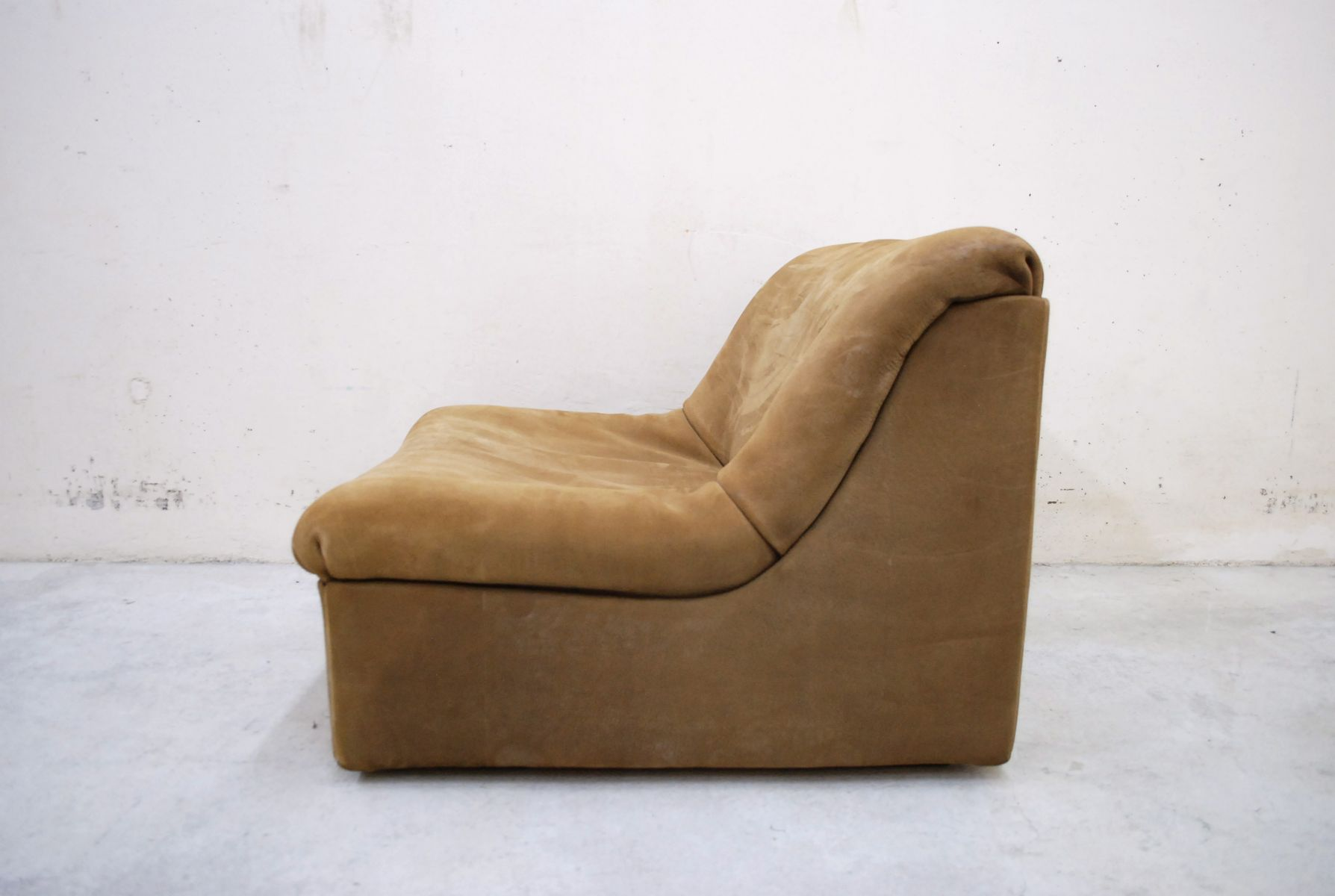 DS 46 Brown Neck Leather Lounge Chair With Ottoman From De Sede