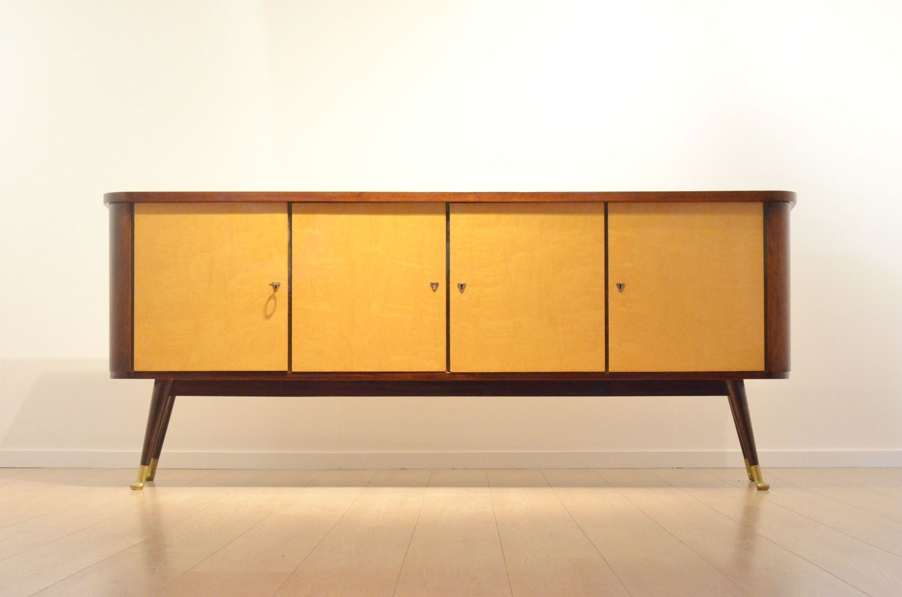 Belgian xl sideboard mod 1425 in bicolored glossy wood for Sideboard xl