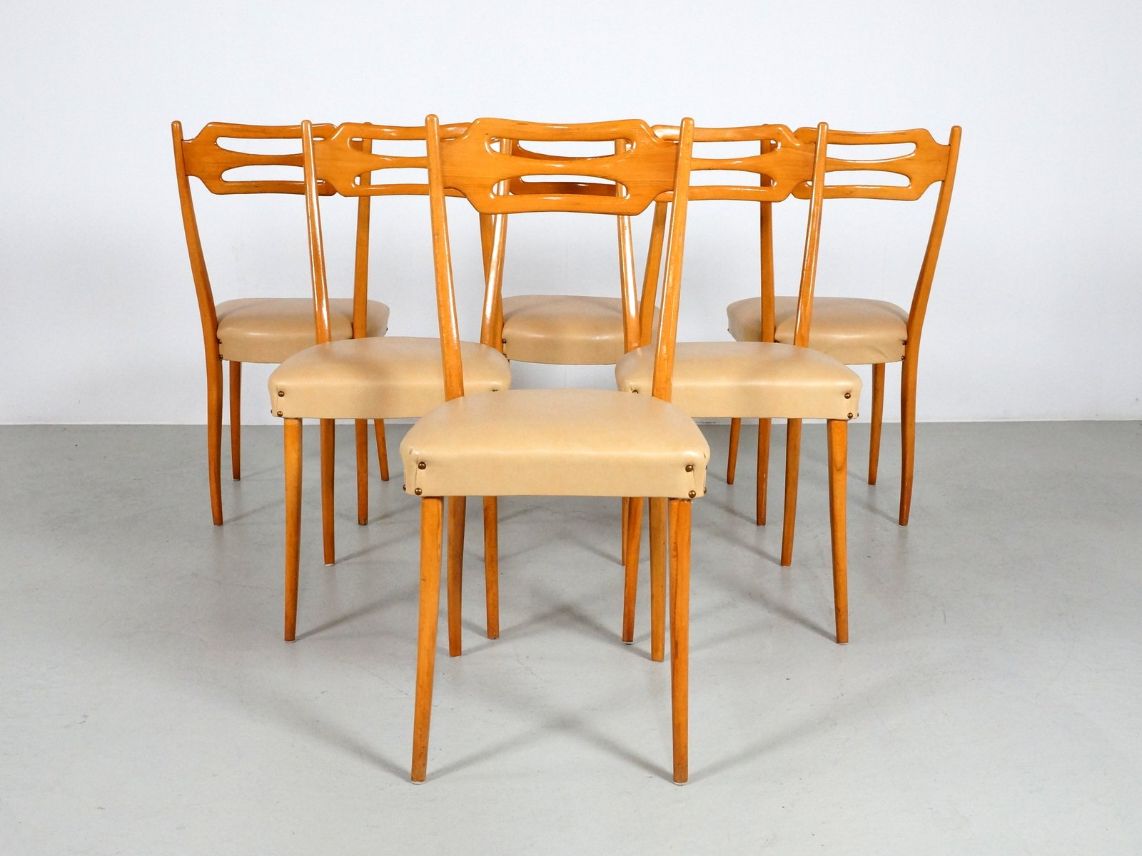 Italian Dining Chairs in Polished Maple Wood Set of 6 for sale at