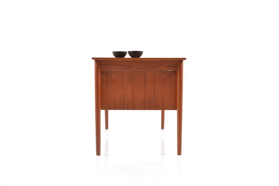 d nische mid century teak schreibtisch mit schubladen bei. Black Bedroom Furniture Sets. Home Design Ideas
