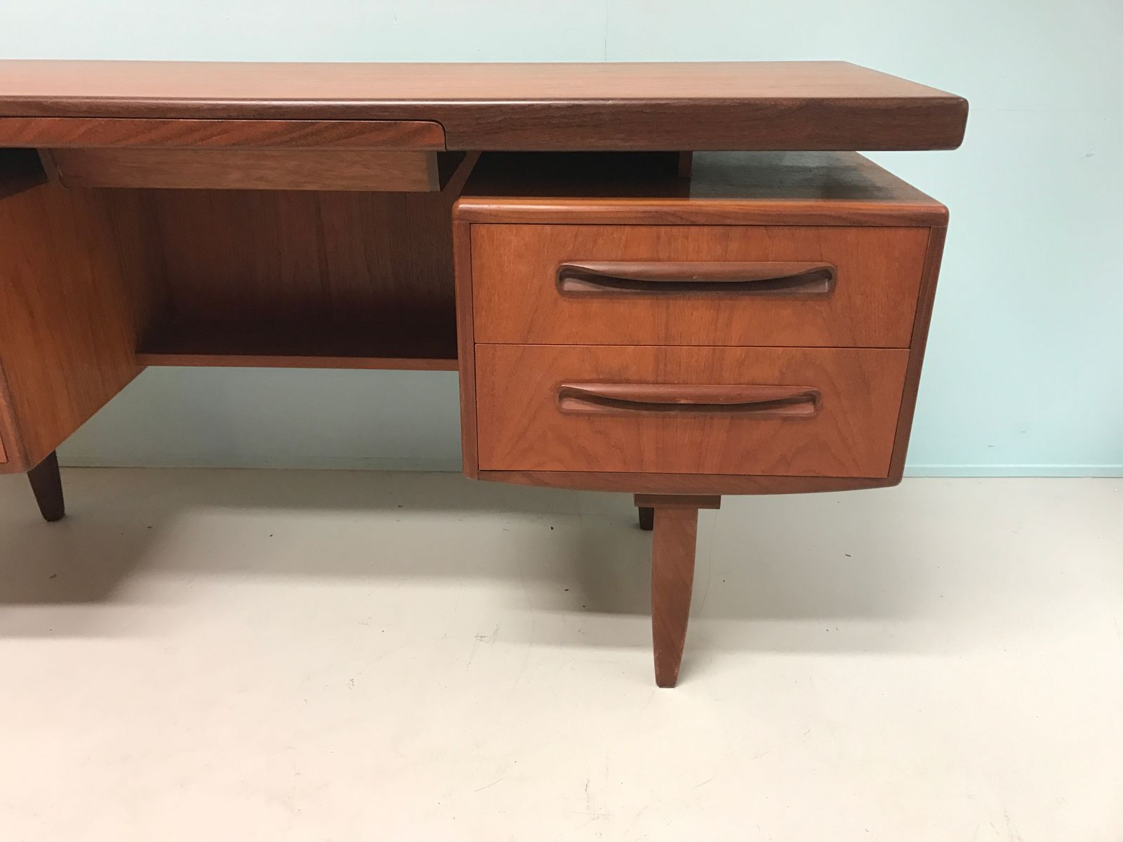 Desk with Teak Handles by V Wilkins for G Plan 1960s for sale at