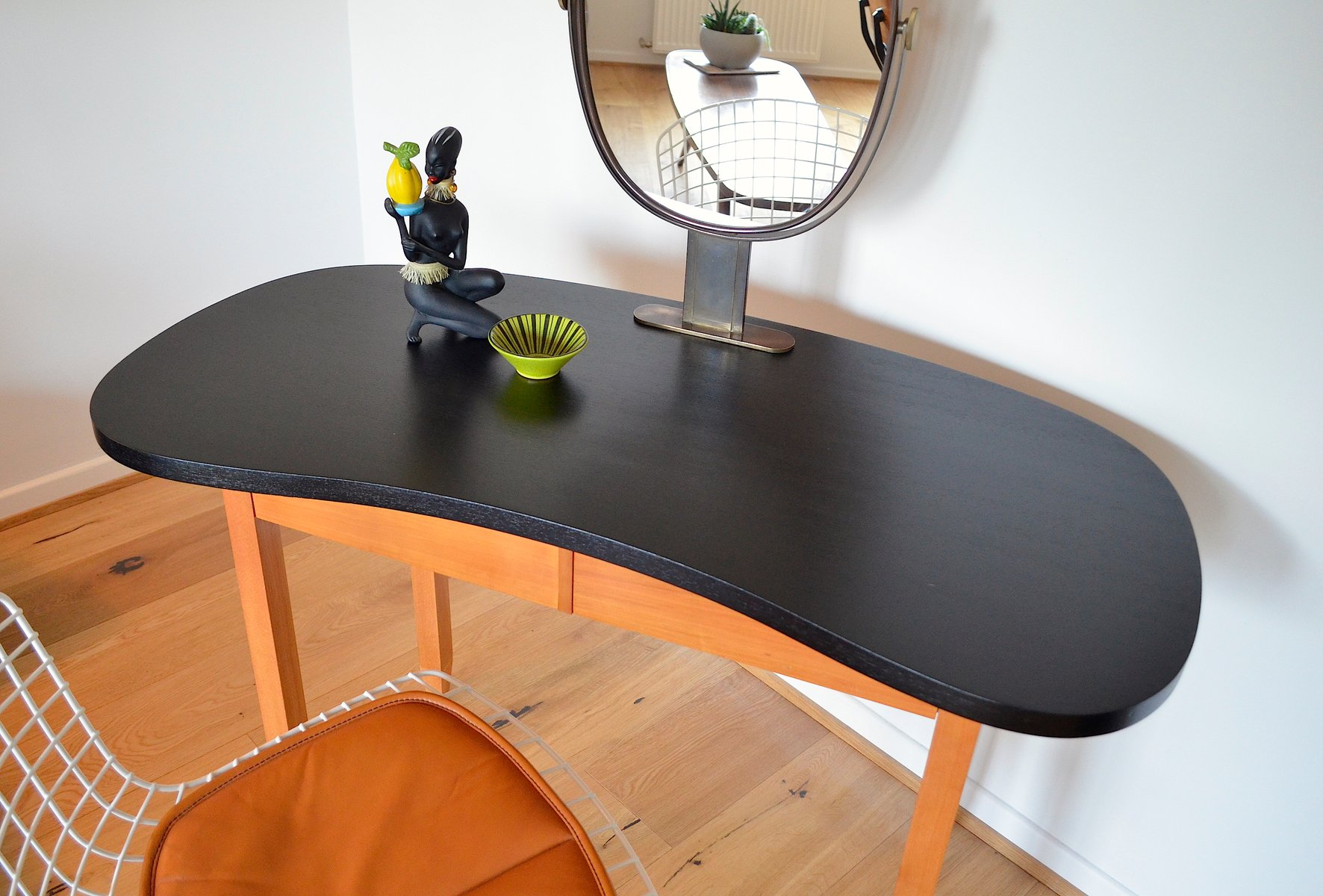 Vintage kidney shaped dressing table 1950s for sale at pamono vintage kidney shaped dressing table 1950s 10 235700 price per piece geotapseo Image collections