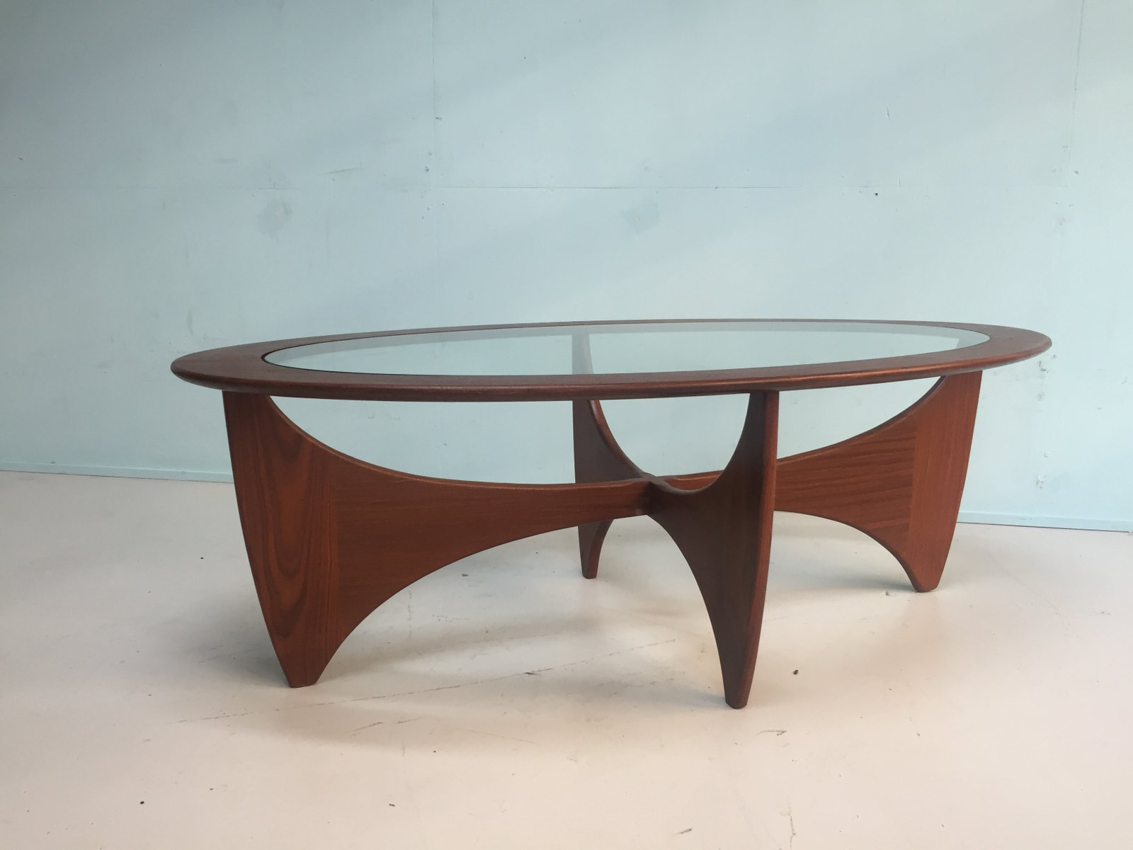 English oval solid teak coffee table from g plan 1960s for Oval teak coffee table