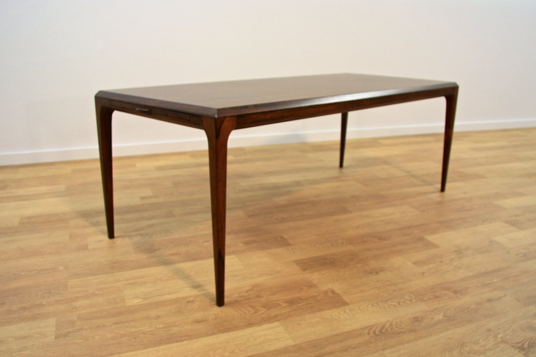 Danish Extendable Rosewood Coffee Table By Johannes Andersen For Cfc Silkeborg 1960s For Sale