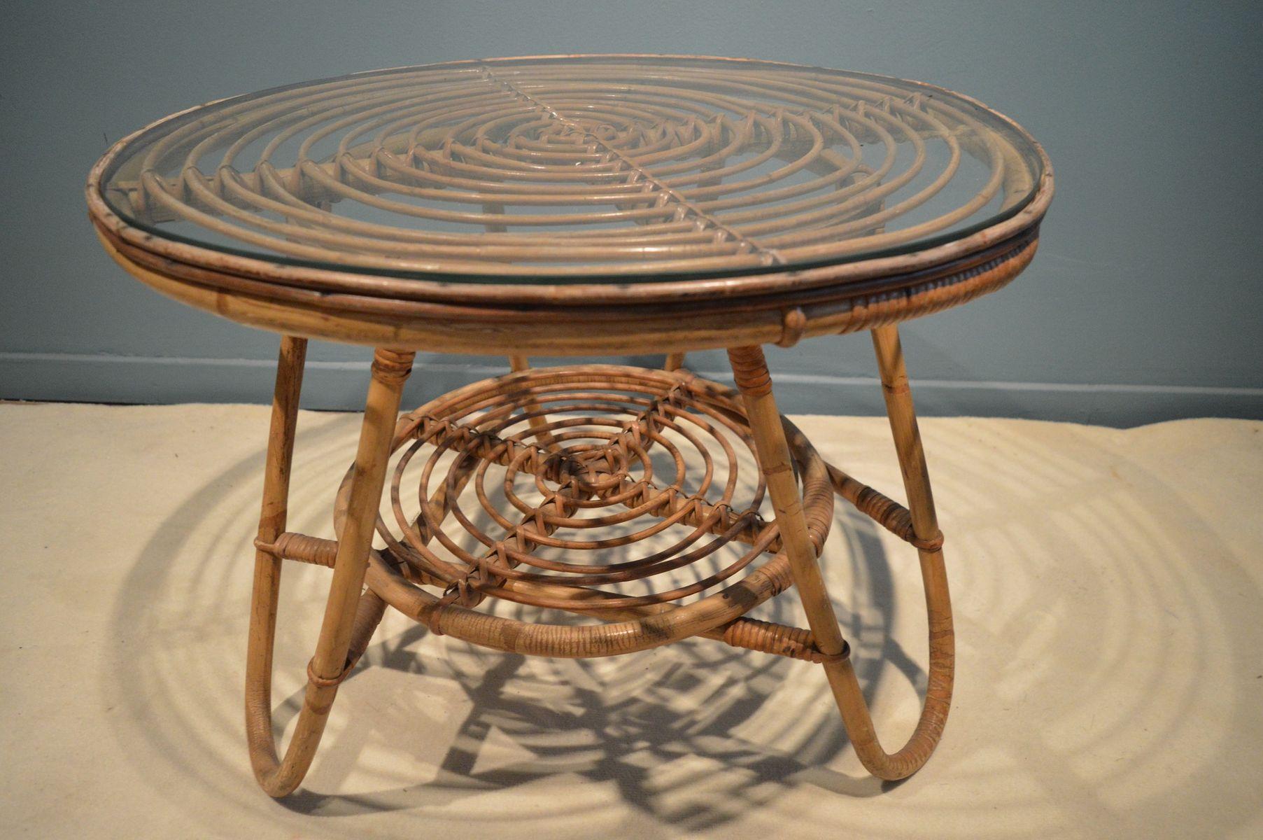 vintage rattan piedestal tisch bei pamono kaufen. Black Bedroom Furniture Sets. Home Design Ideas