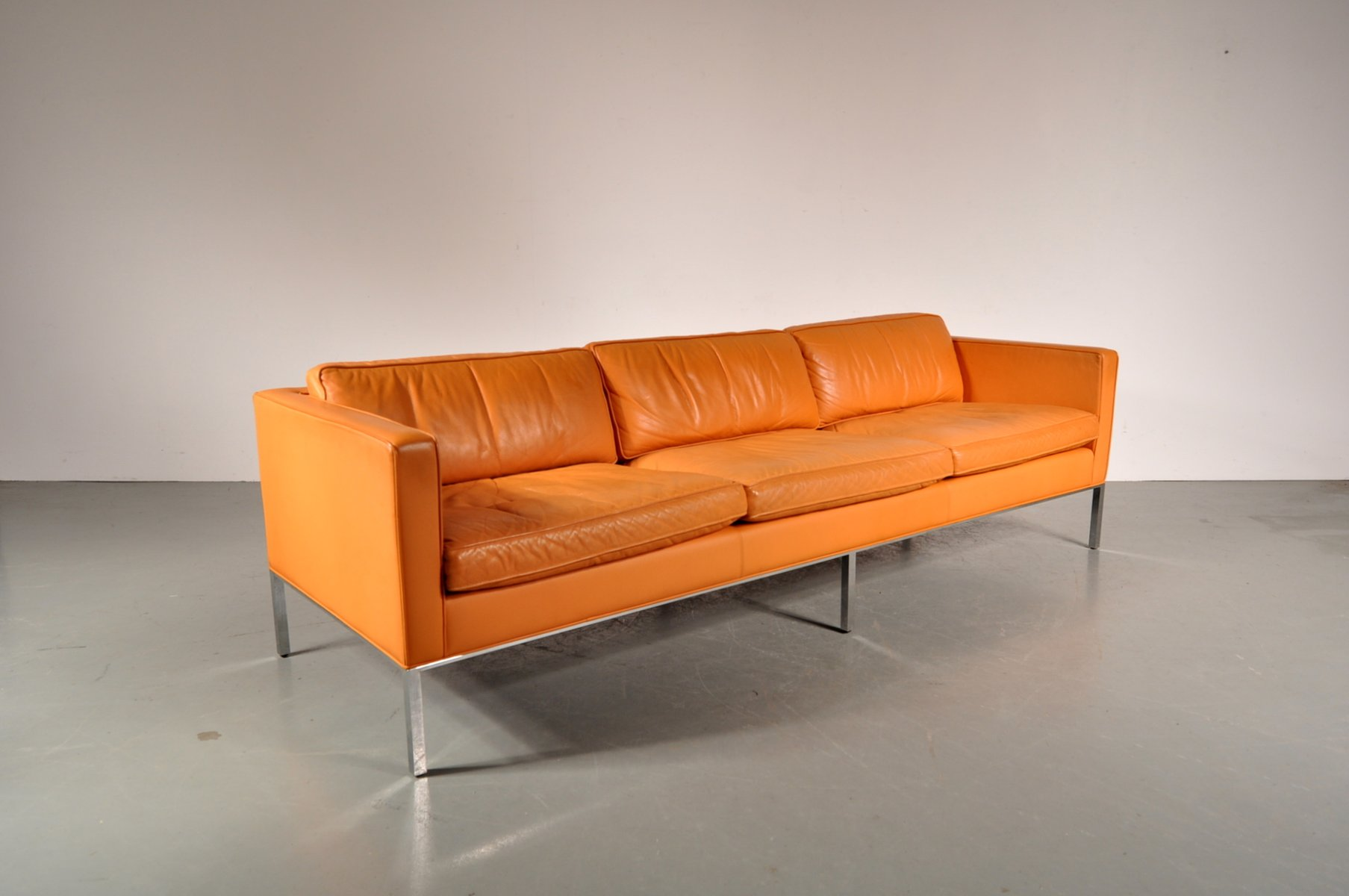 C905 Cognac Leather Sofa by Kho Liang Ie for Artifort for