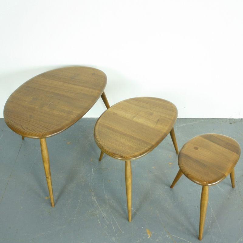 vintage pebble tische von lucian ercolani f r ercol 3er. Black Bedroom Furniture Sets. Home Design Ideas