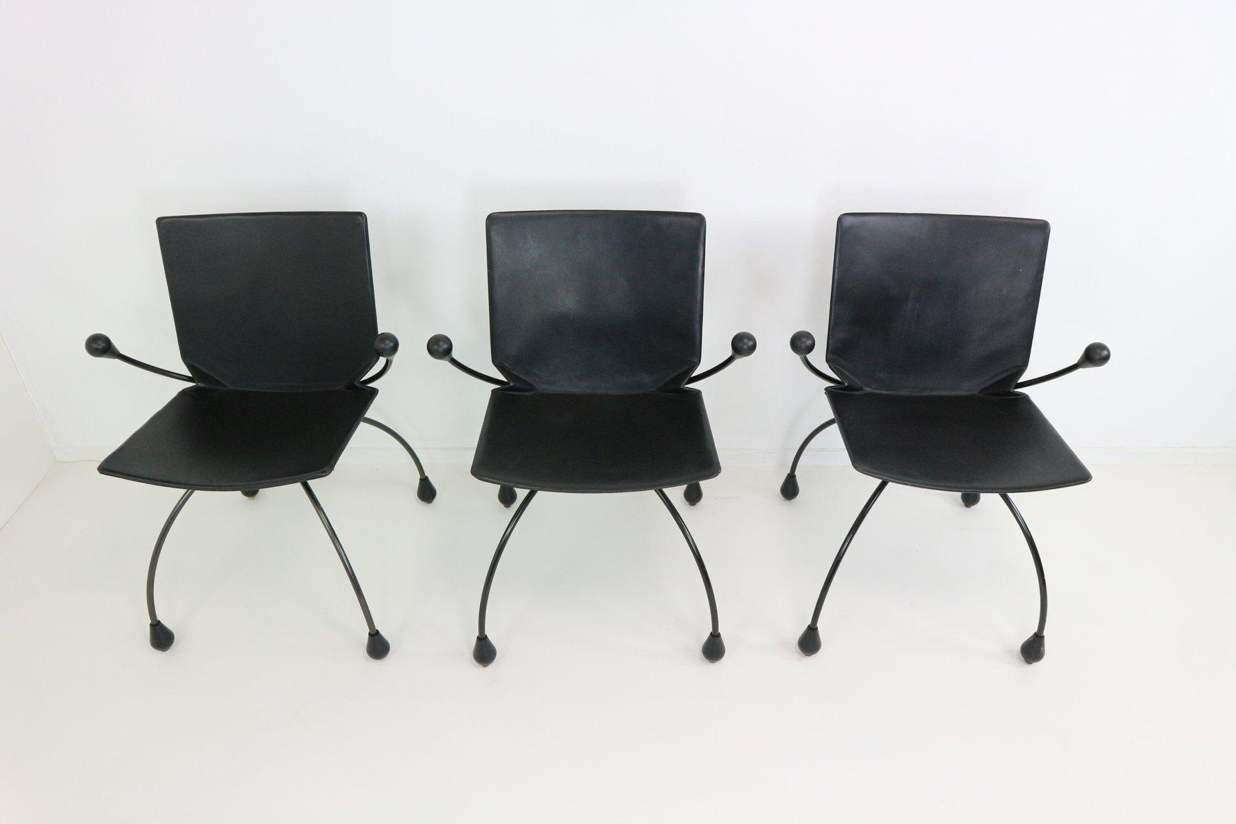 Chaise de salle manger en cuir noir 1980s en vente sur for Chaise cuir noir salle manger