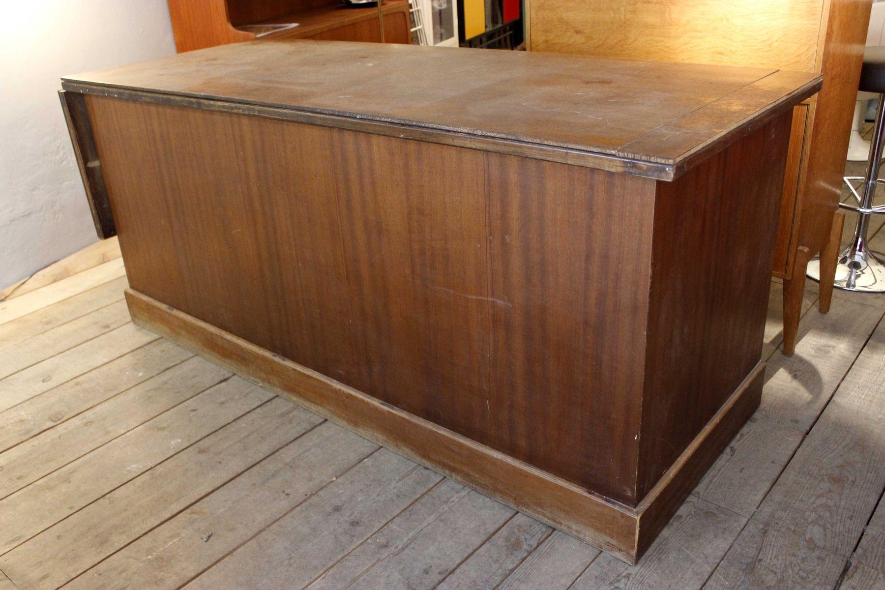 comptoir de magasin 1940s en vente sur pamono. Black Bedroom Furniture Sets. Home Design Ideas