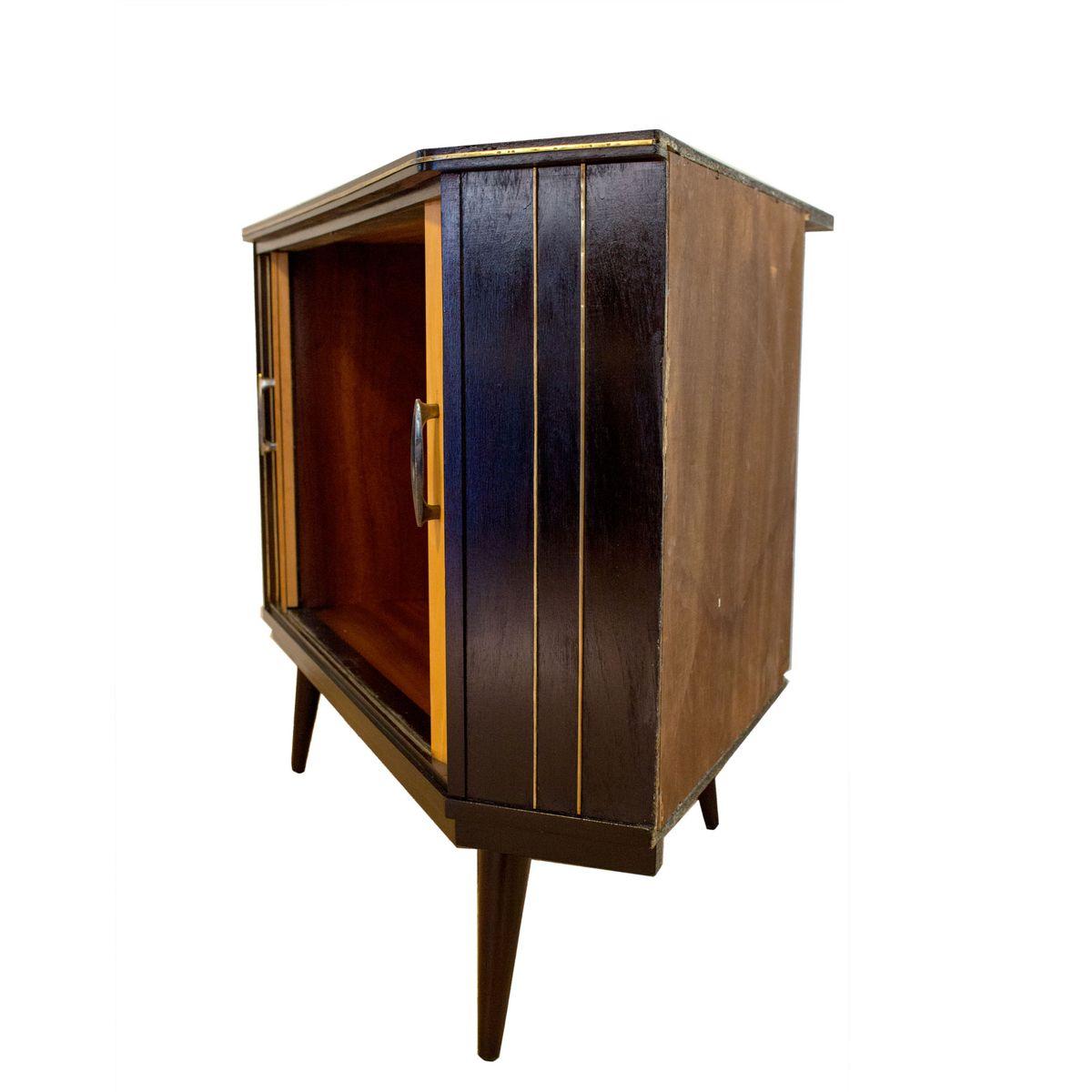 deutscher mid century eckschrank mit schiebet ren bei pamono kaufen. Black Bedroom Furniture Sets. Home Design Ideas