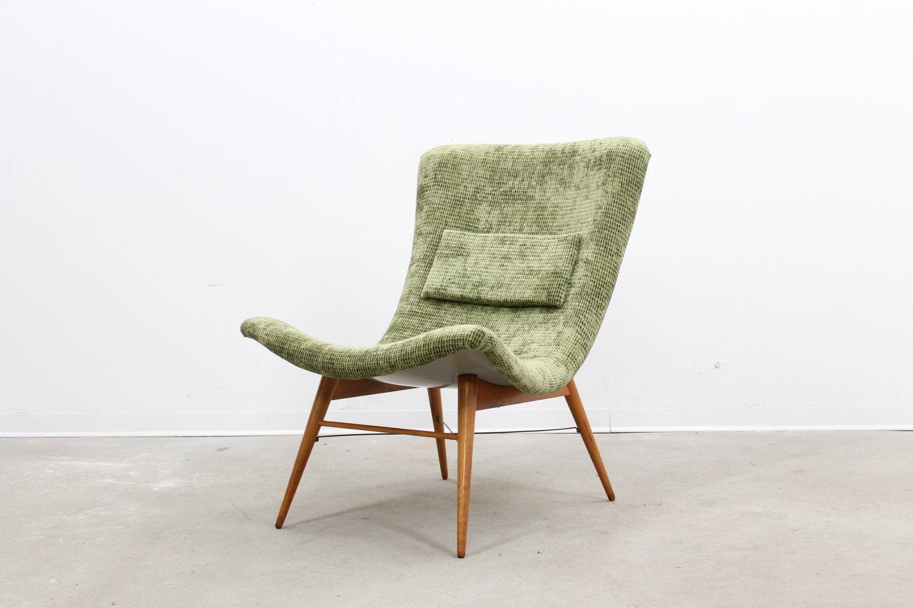 Easy Chair by Miroslav Navratil for Cesky Nabytek 1959 for sale