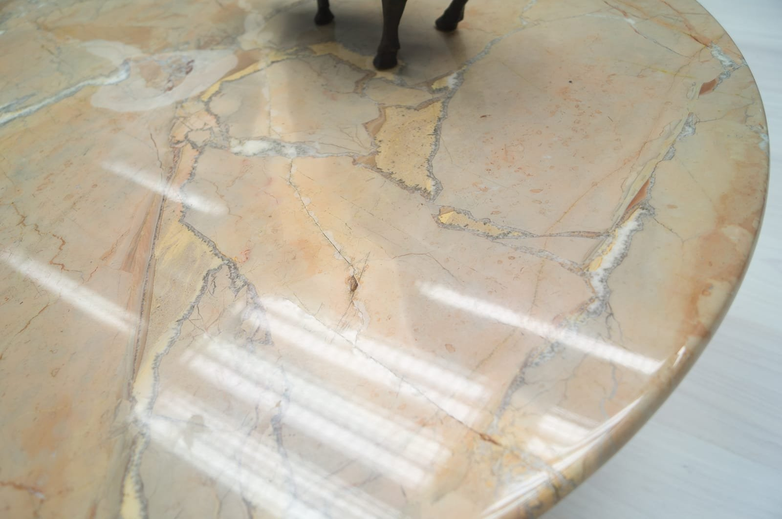 circle marble coffee table. the folks at livet hemma sent over a