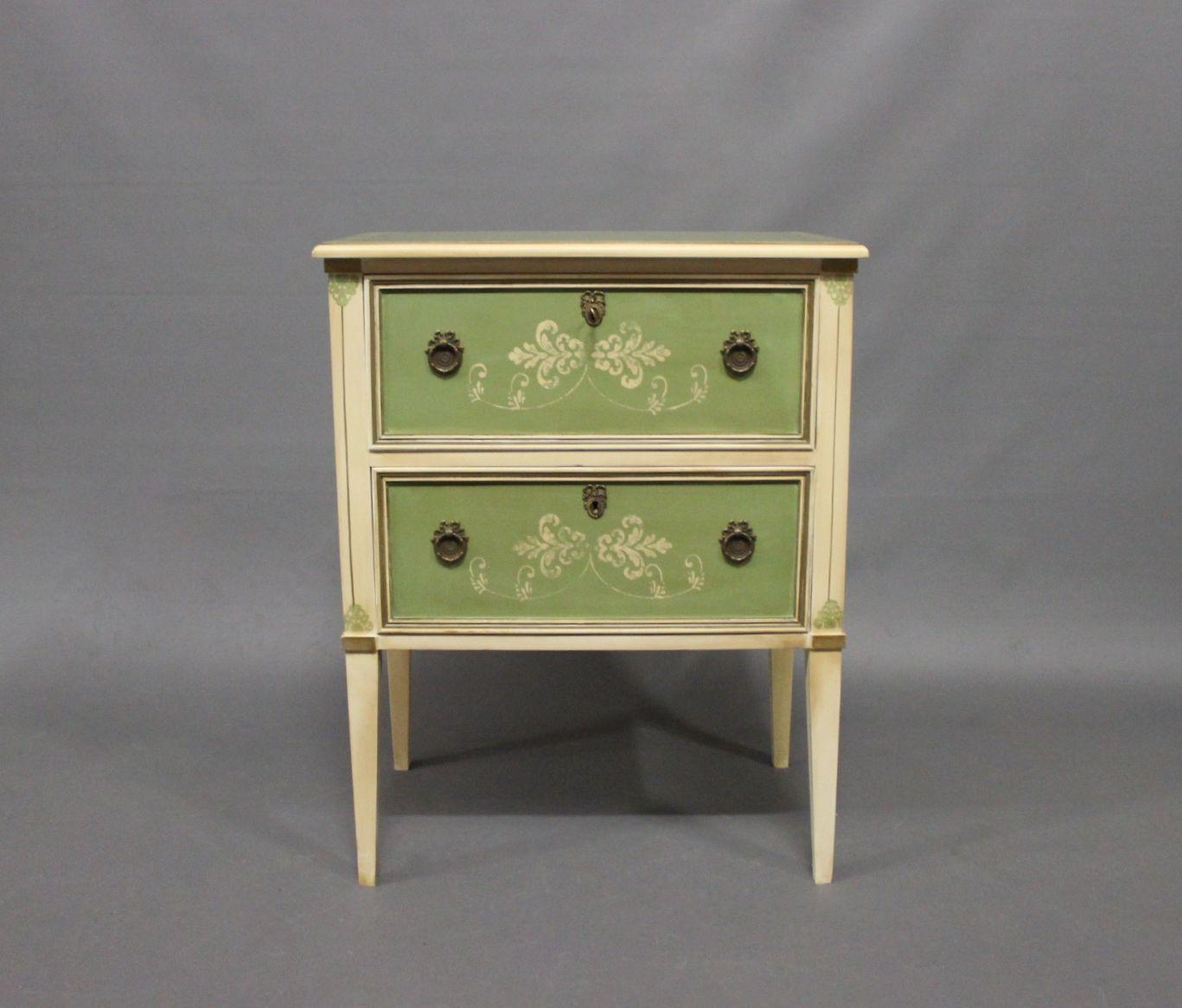 kommode aus lackiertem holz 1960er 2er set bei pamono kaufen. Black Bedroom Furniture Sets. Home Design Ideas