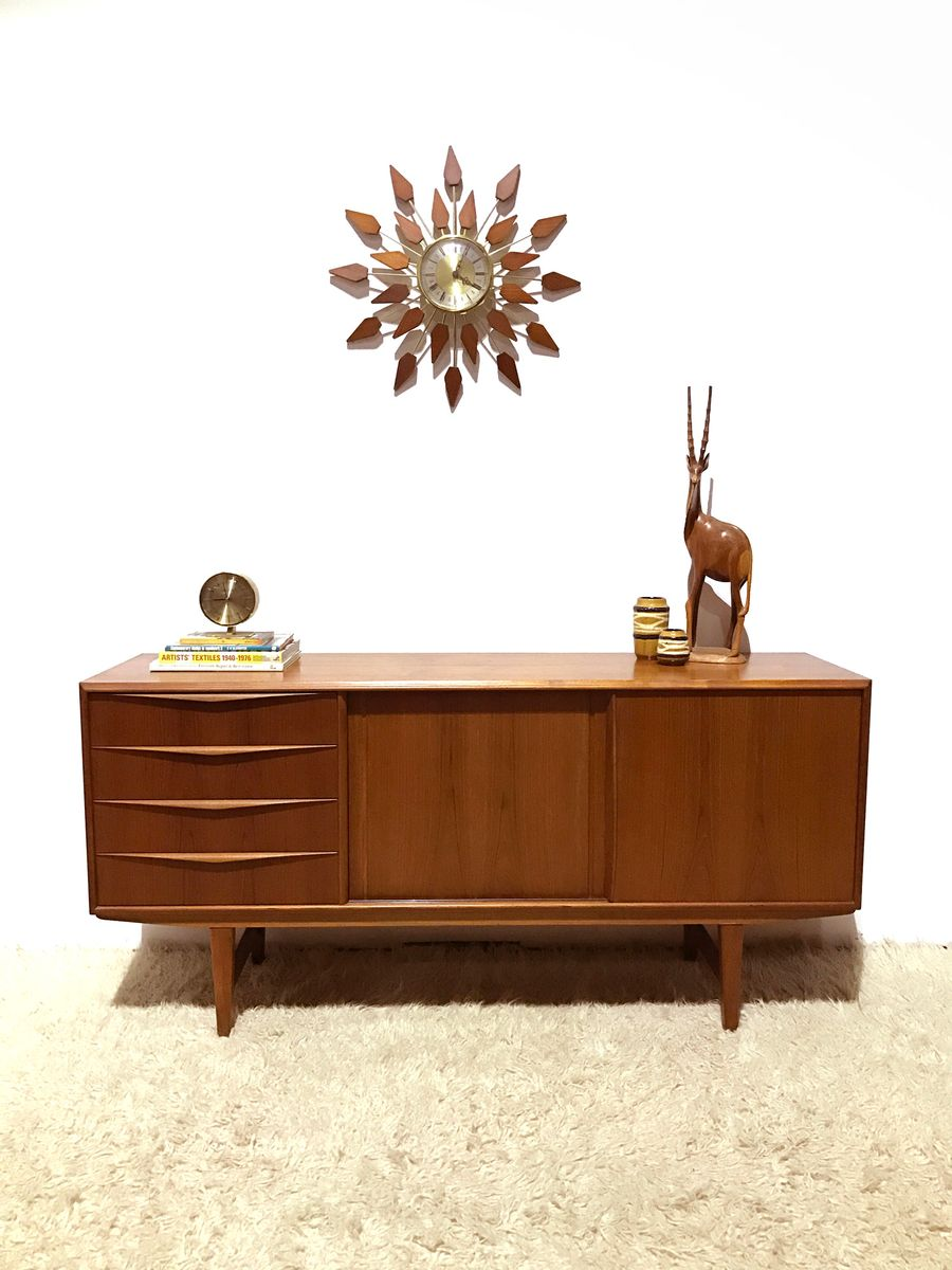 Danish teak sideboard by e w bach for sejling skabe for Sideboard qr