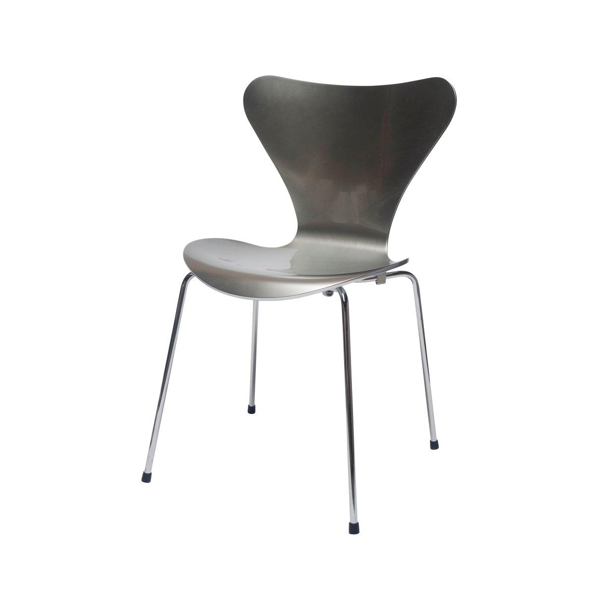 Ameise stuhl latest fritz hansen die ameise stuhl for Design stuhl nachbau
