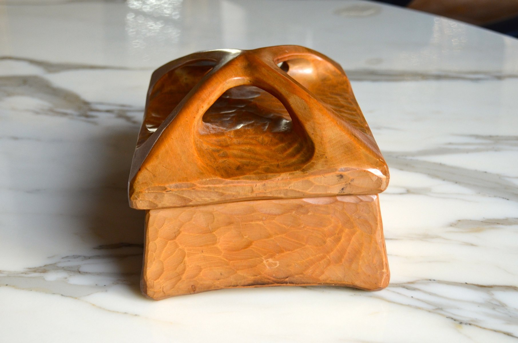 mid century french carved wooden box for sale at pamono Maple Learning Center Rabbit and Turtle