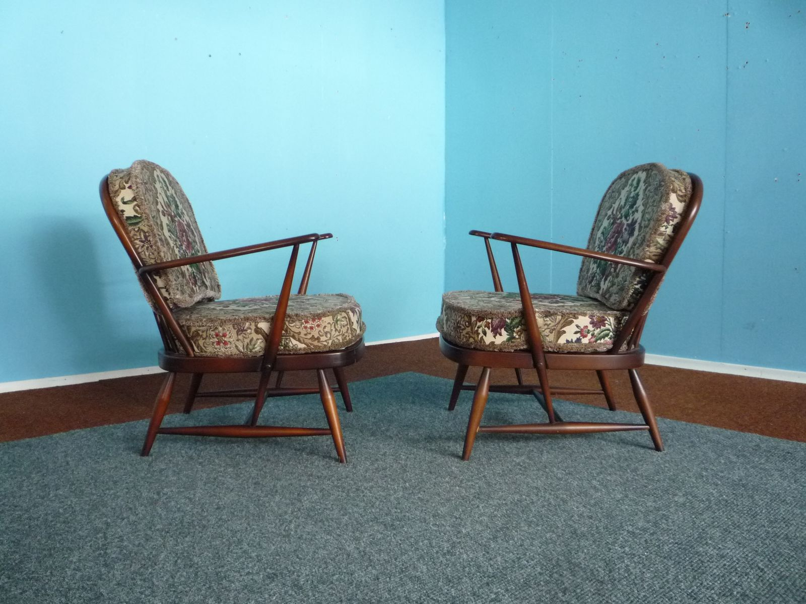 Vintage Model 203 Easy Chairs by Lucian Ercolani for Ercol  Set of 2Vintage Model 203 Easy Chairs by Lucian Ercolani for Ercol  Set of  . Ercol Easy Chairs For Sale. Home Design Ideas