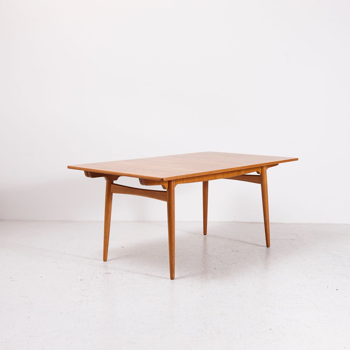 extendable midcentury at dining table by hans j wegner for  - extendable midcentury at dining table by hans j wegner for andreastuck