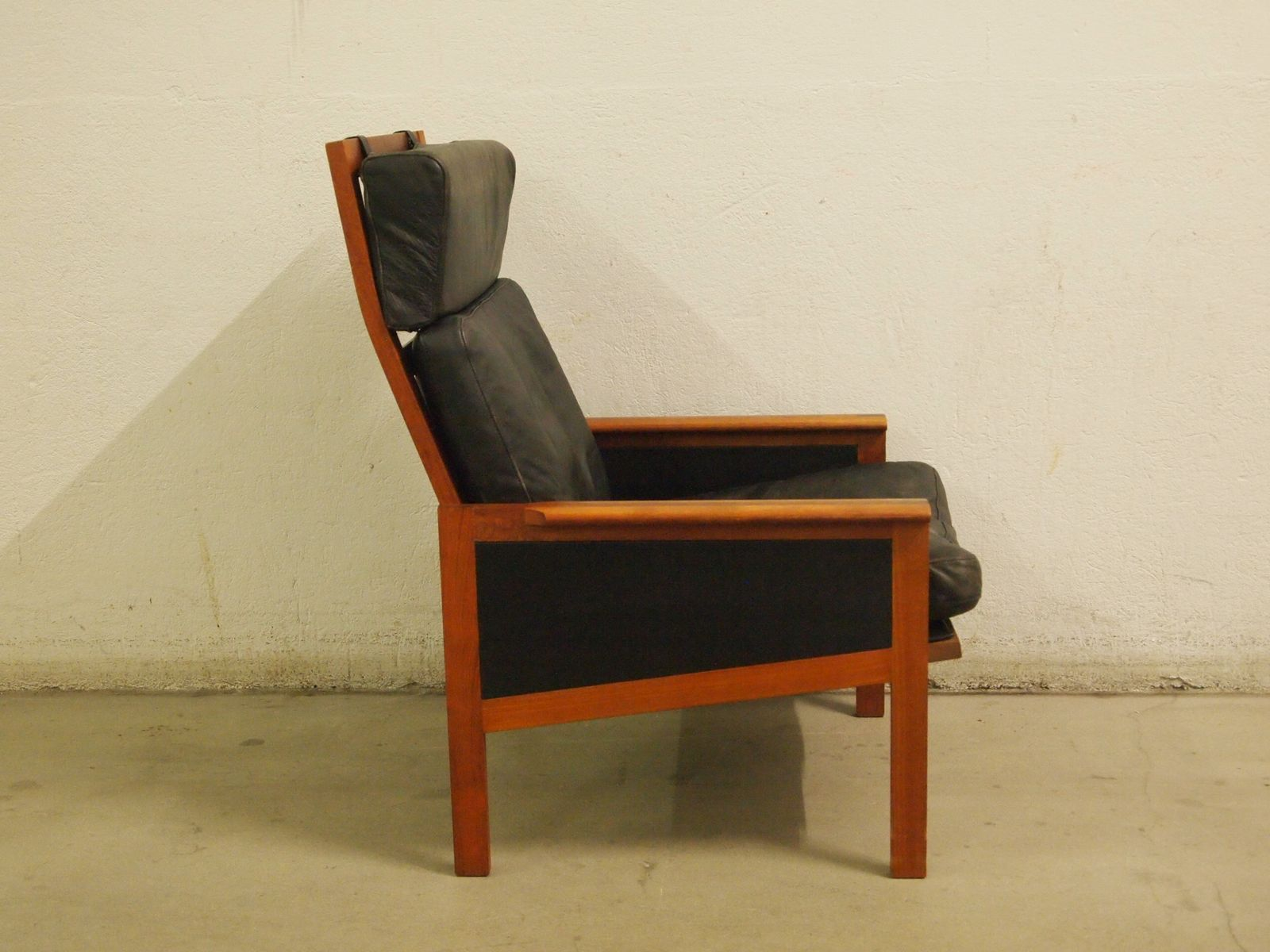 Danish HIghback Teak and Leather Armchair by Illum Wikkels¸ for N