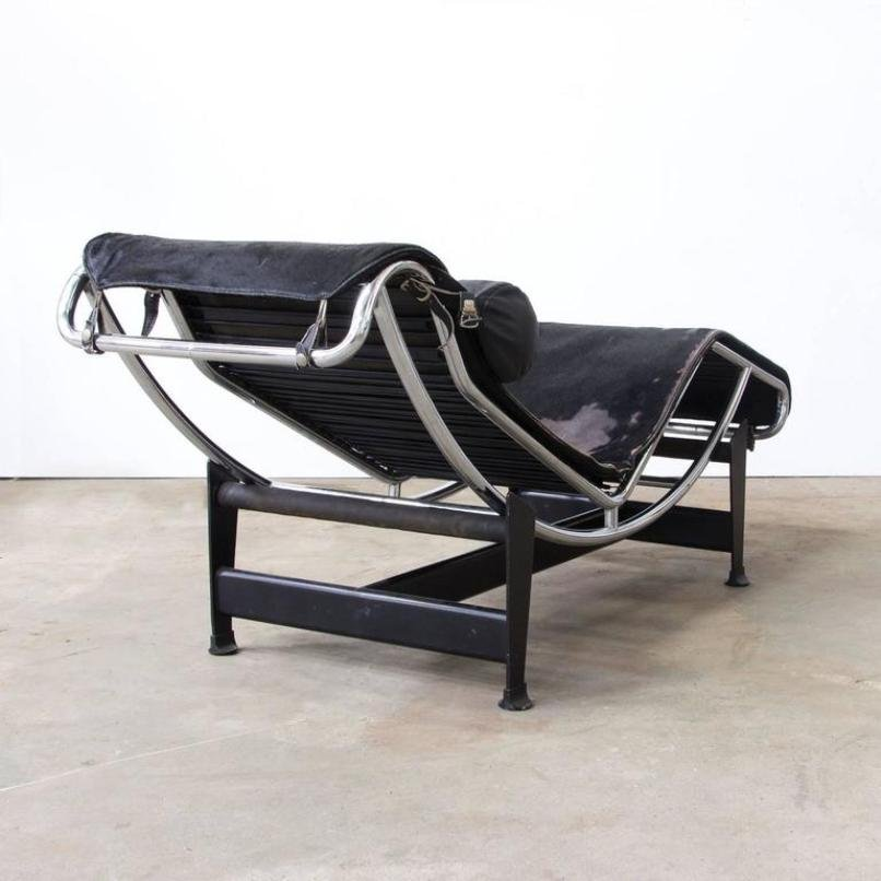 lc 4 chaise longue by le corbusier for cassina 1930s for. Black Bedroom Furniture Sets. Home Design Ideas