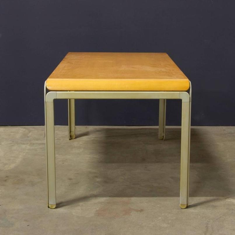 d nischer tisch von arne jacobsen f r fritz hansen 1971. Black Bedroom Furniture Sets. Home Design Ideas