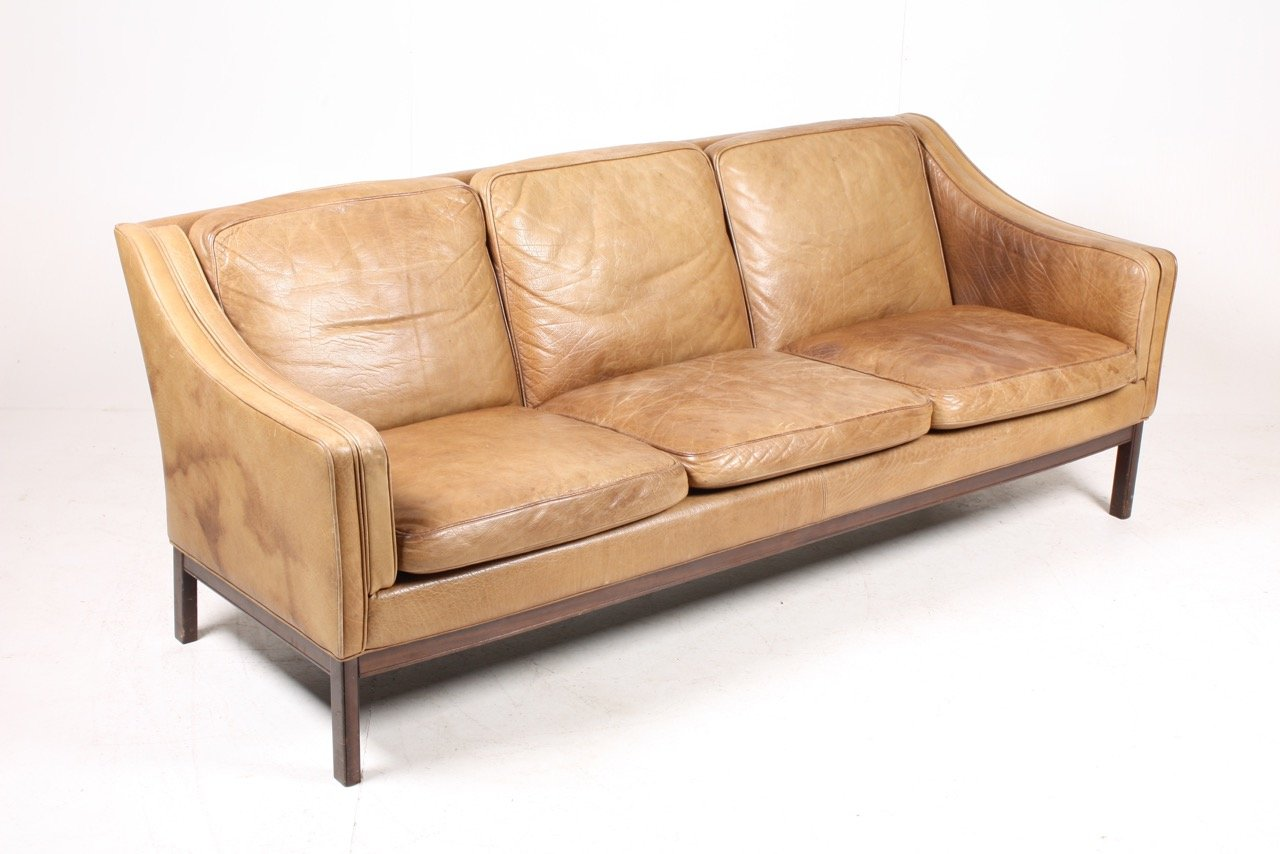 Vintage danish three seater tan leather sofa 1970s for for Tan couches for sale