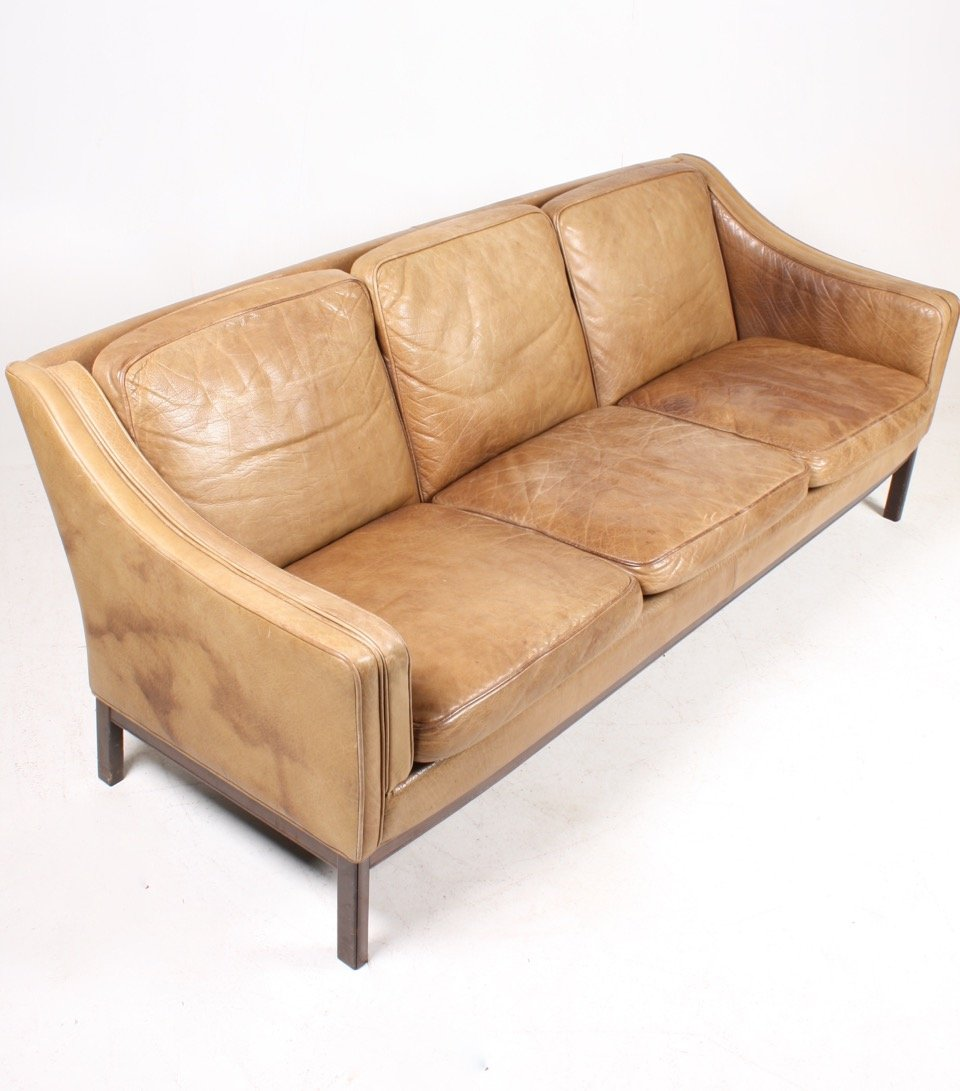 Vintage danish three seater tan leather sofa 1970s for for Leather sofa 7 seater