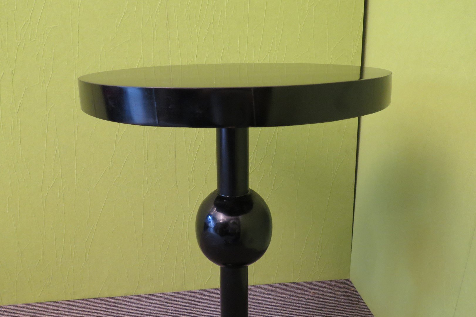 art deco side table 1930 for sale at pamono. Black Bedroom Furniture Sets. Home Design Ideas