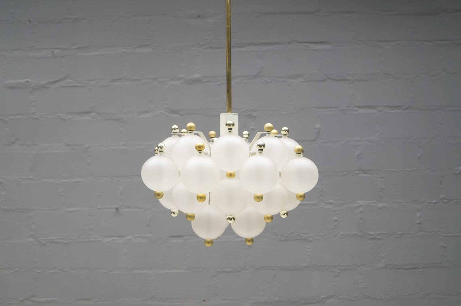 Austrian Glass Ball Chandelier from Kalmar 1960s for sale at Pamono