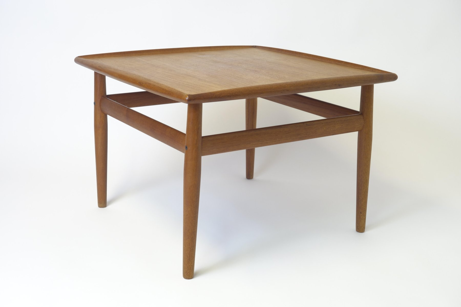 Square teak side table by grete jalk for france s n for Square side table