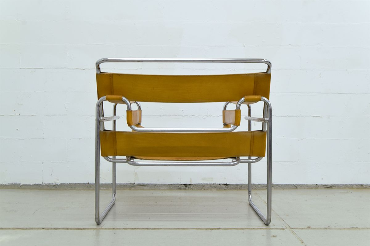 Cognac Leather Wassily Chair by Marcel Breuer for Gavina for sale