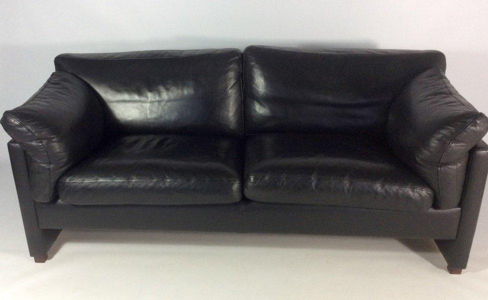 d nisches schwarzes ledersofa 1970er bei pamono kaufen. Black Bedroom Furniture Sets. Home Design Ideas