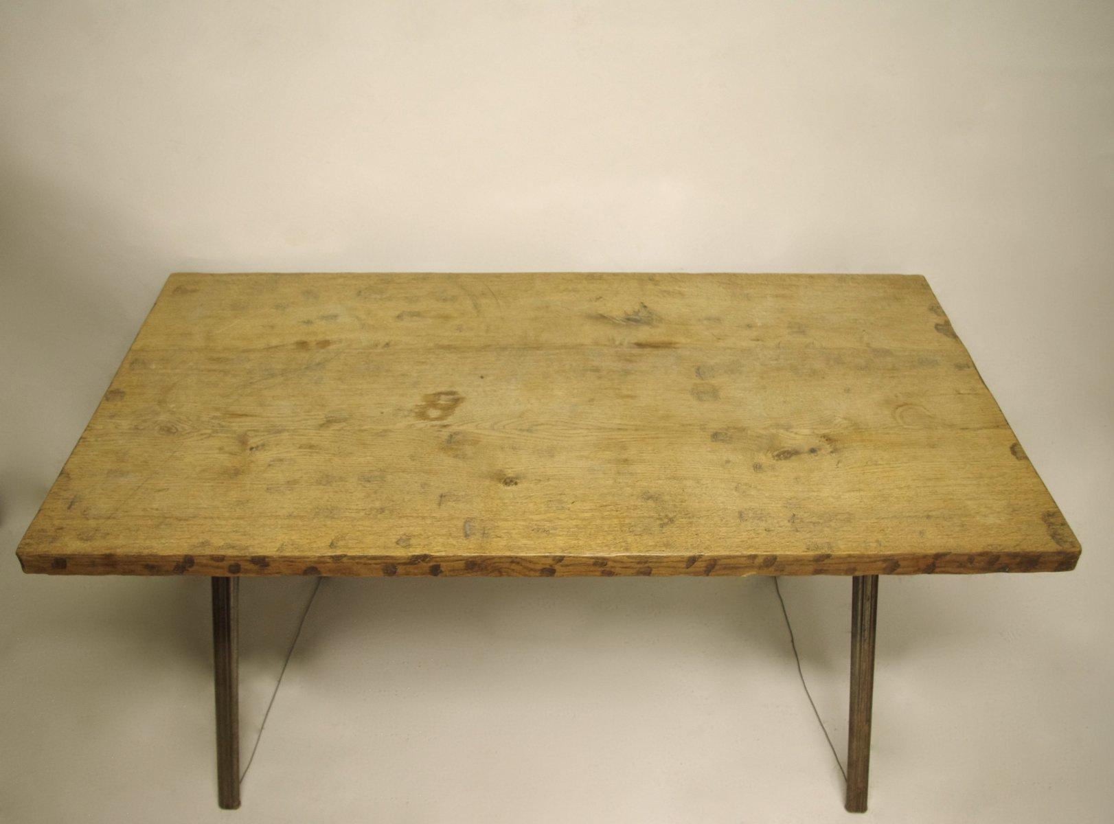 industrieller eichenholz tisch mit gewehr gestell 1970er bei pamono kaufen. Black Bedroom Furniture Sets. Home Design Ideas