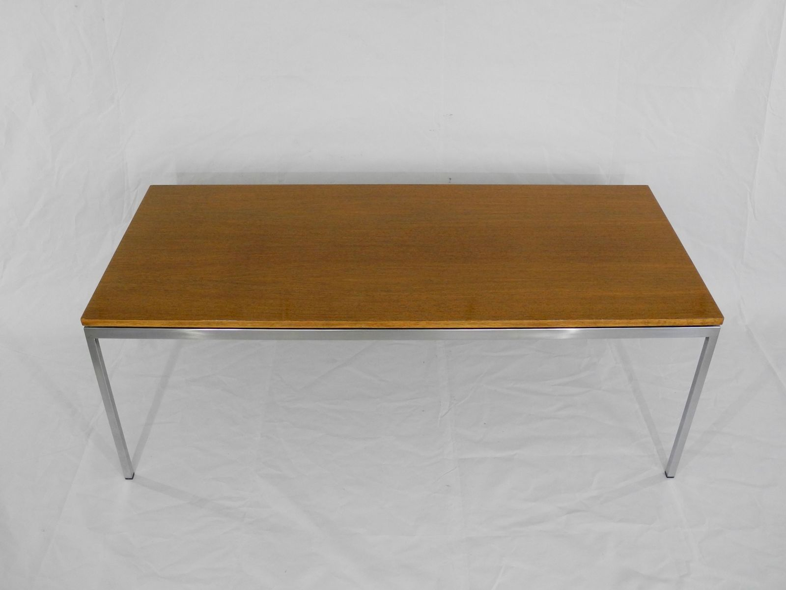 Vintage Model 2511 Coffee Table By Florence Knoll For