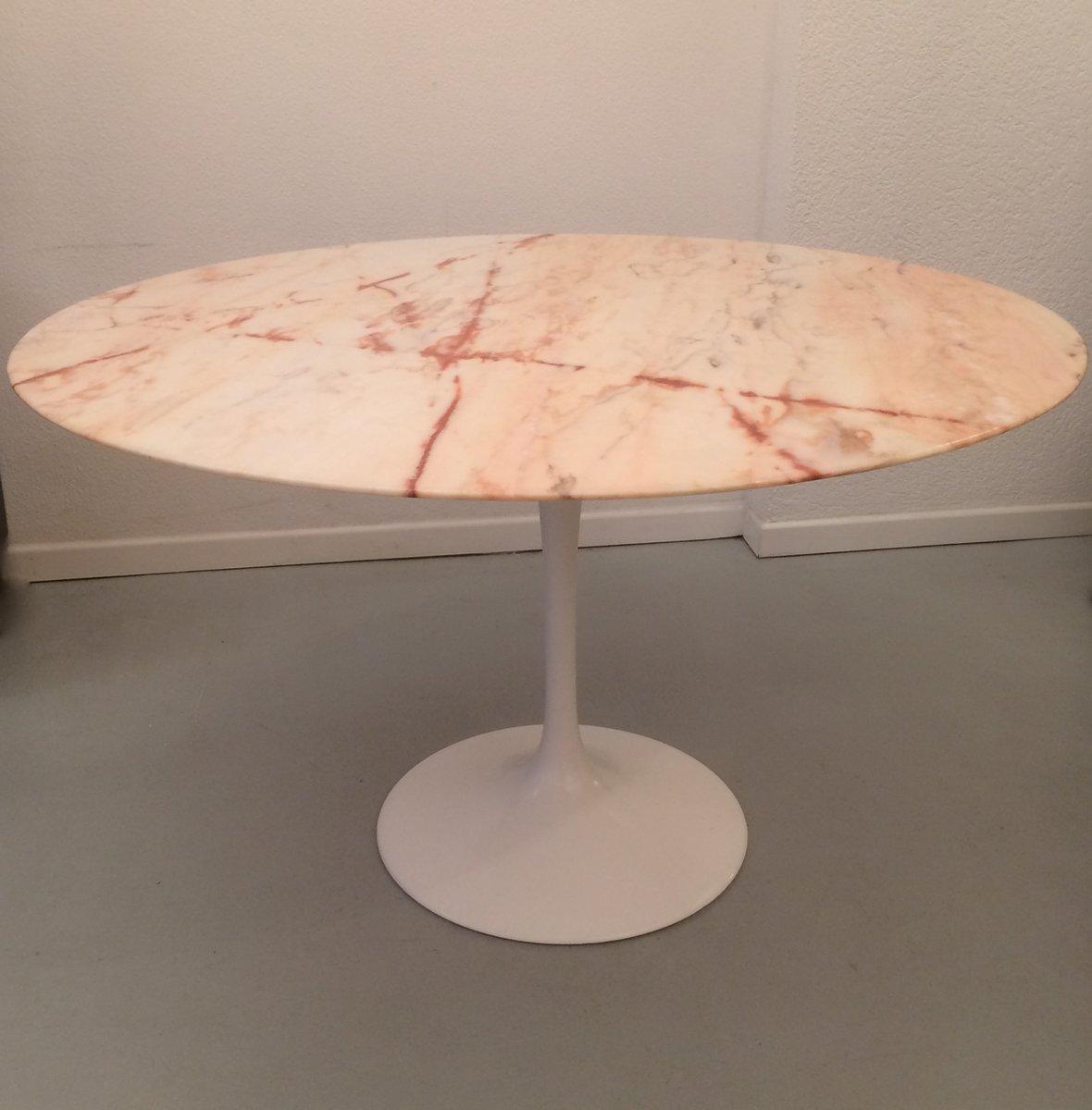 Pink Marble Tulip Dining Table By Eero Saarinen For Knoll