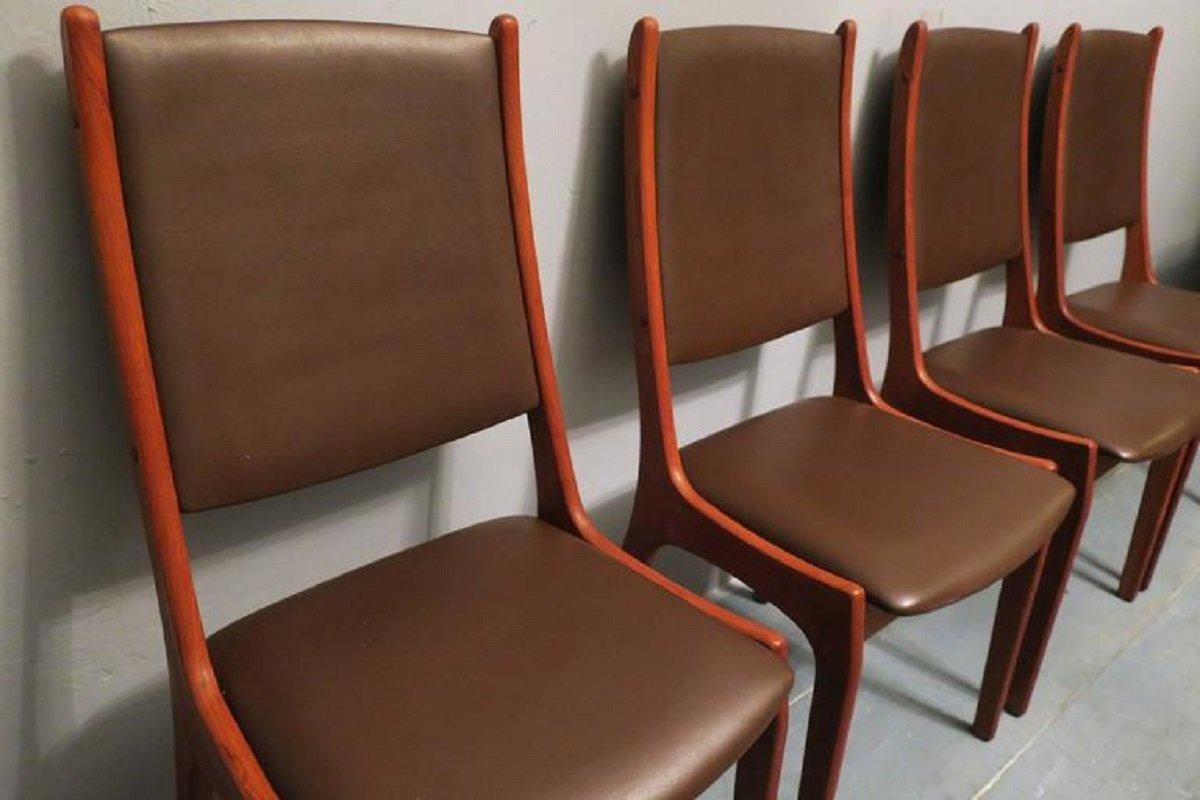 d nische st hle aus leder und teak von kai kristiansen f r korup stolefabrik 4er set bei pamono. Black Bedroom Furniture Sets. Home Design Ideas
