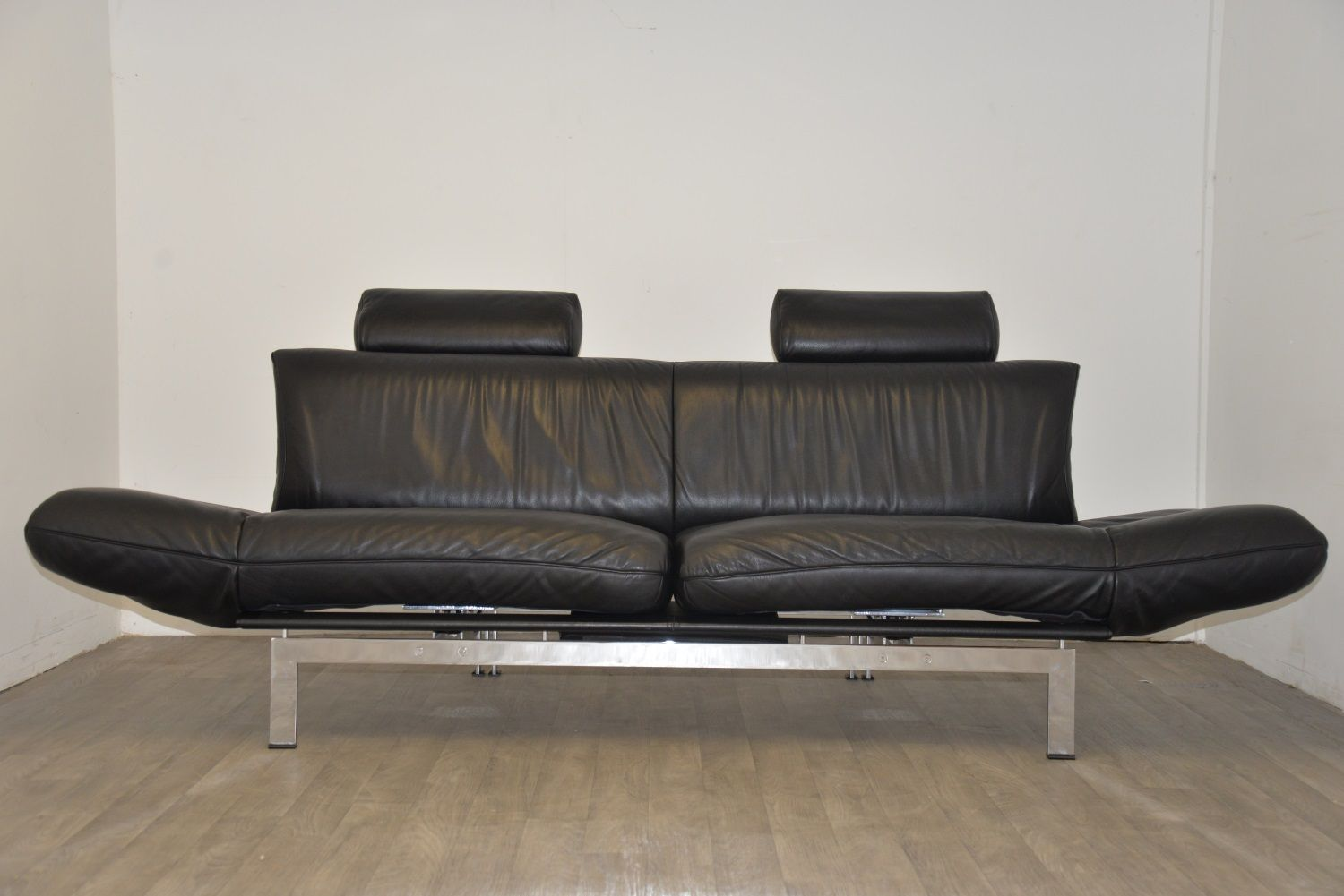 Ds 140 Black Leather Sofa From De Sede 1980s For Sale At