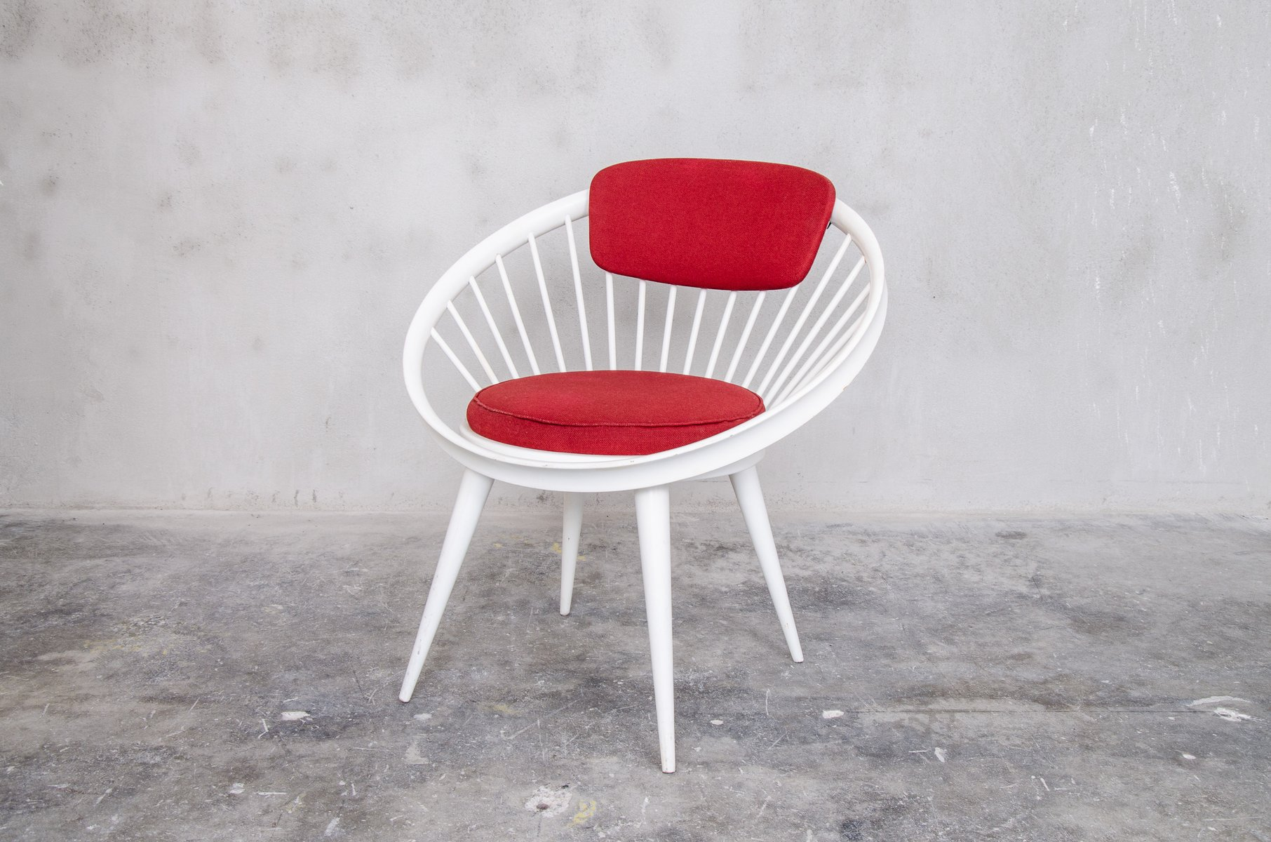 Circle Chair red & white circle chairyngve ekstrom for swedese, 1960s for
