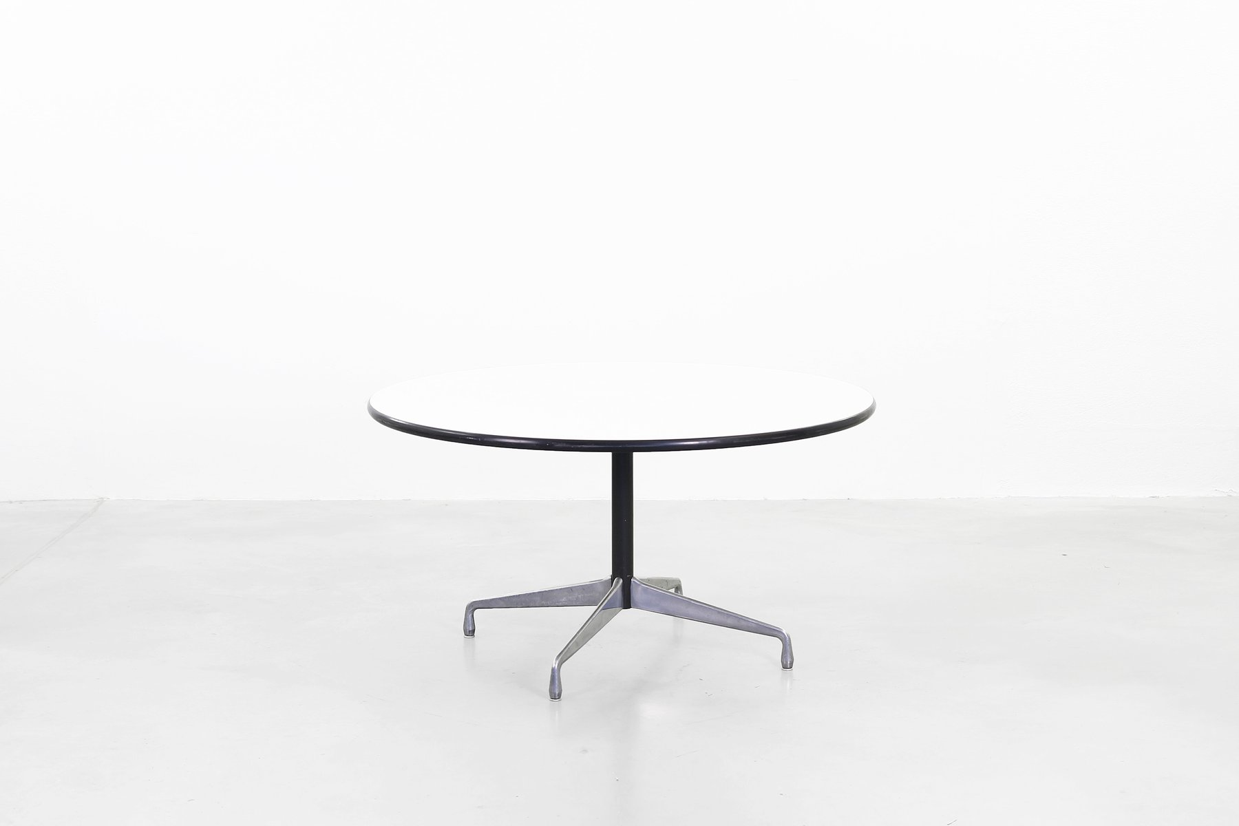 Vintage dining table by charles ray eames for herman - Eames table herman miller ...