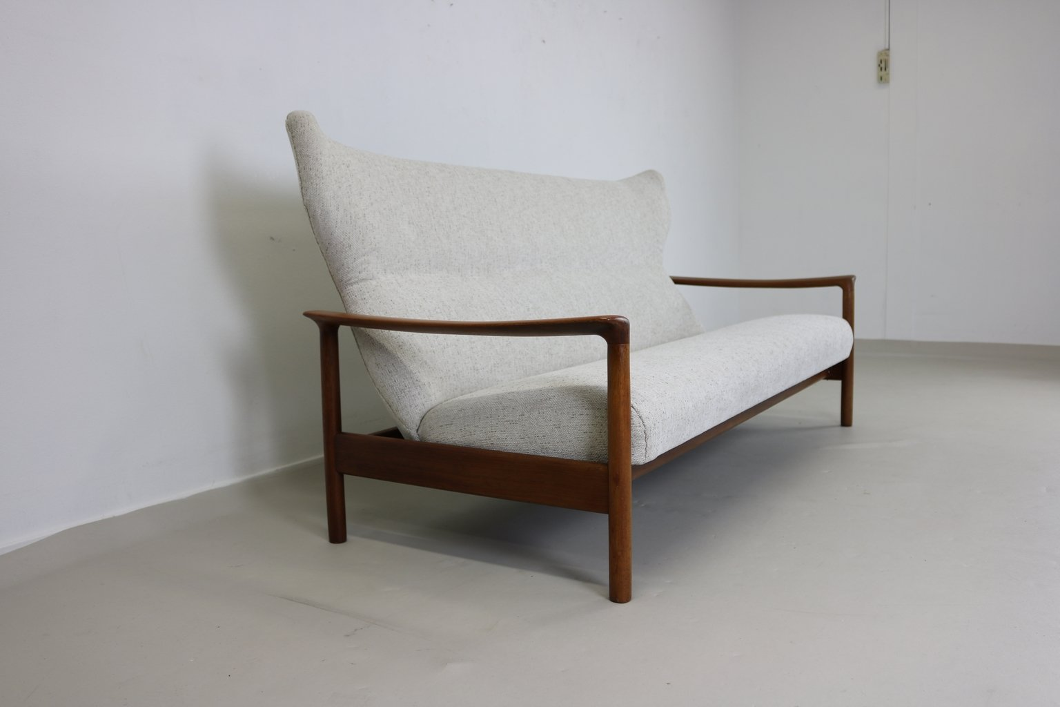 Danish teak oak 3 seater sofa 1960s for sale at pamono for Sofa 7 seater