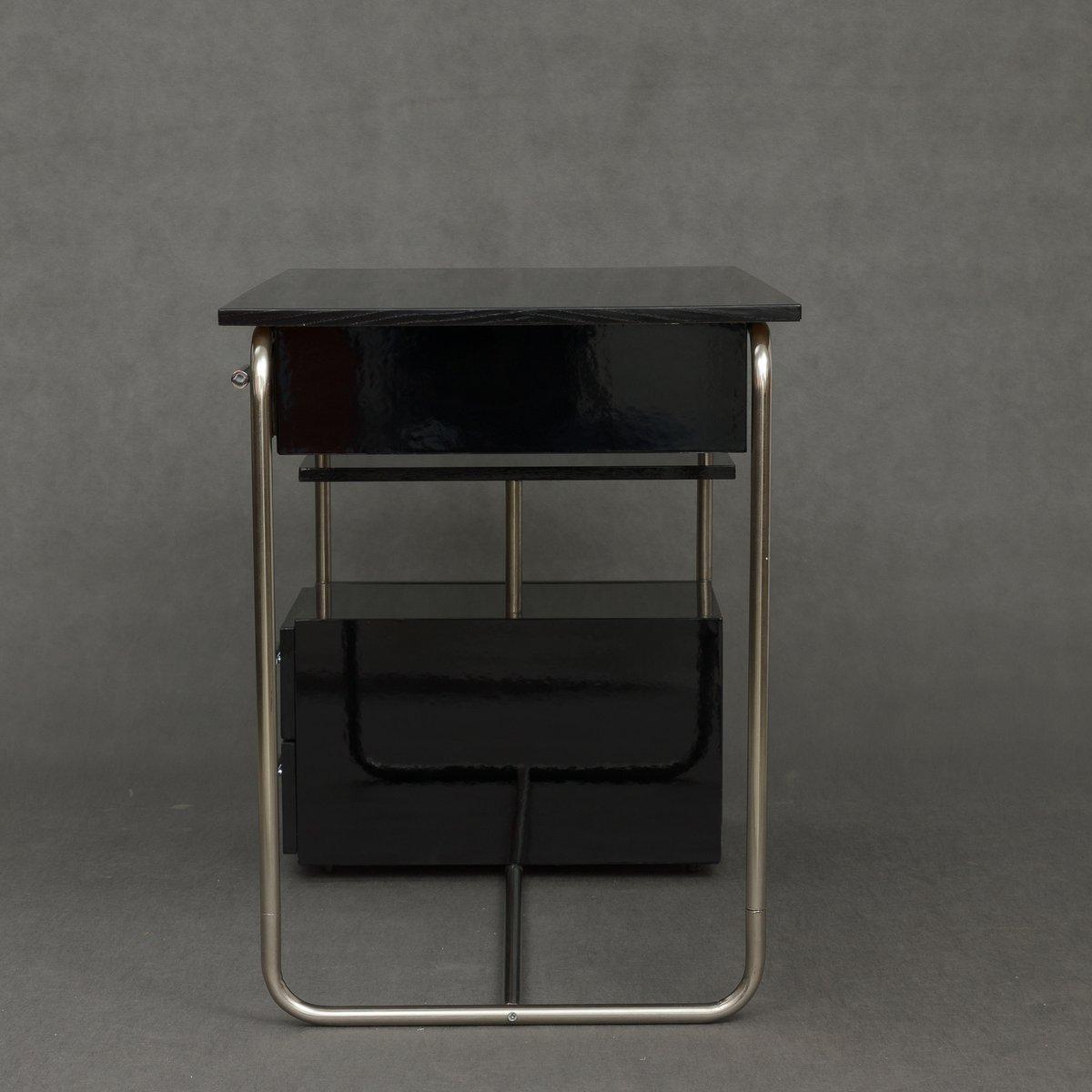 vintage bauhaus schreibtisch mit schwarzem piano lack bei. Black Bedroom Furniture Sets. Home Design Ideas