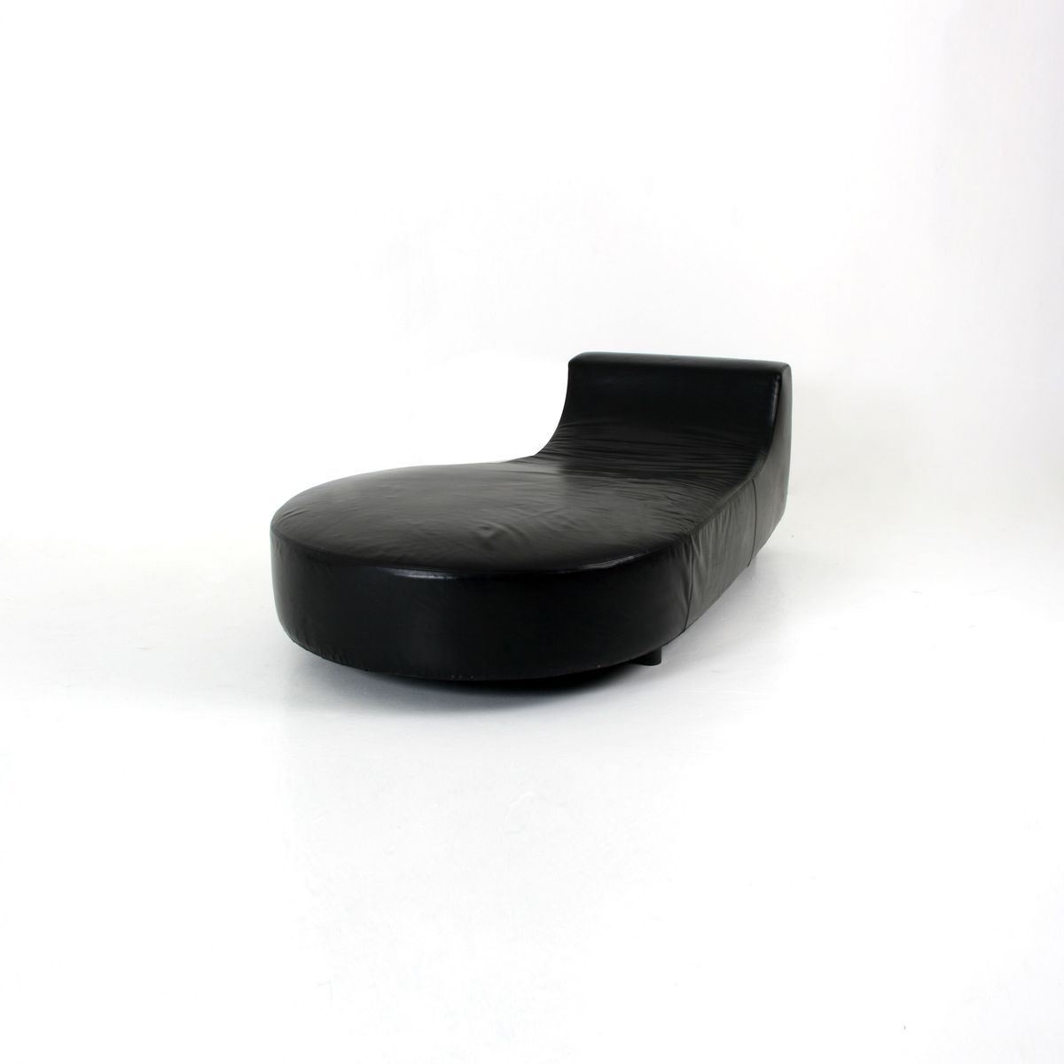 Black leather chaise lounge by rodolfo dordini for minotti for Chaise lounge black leather