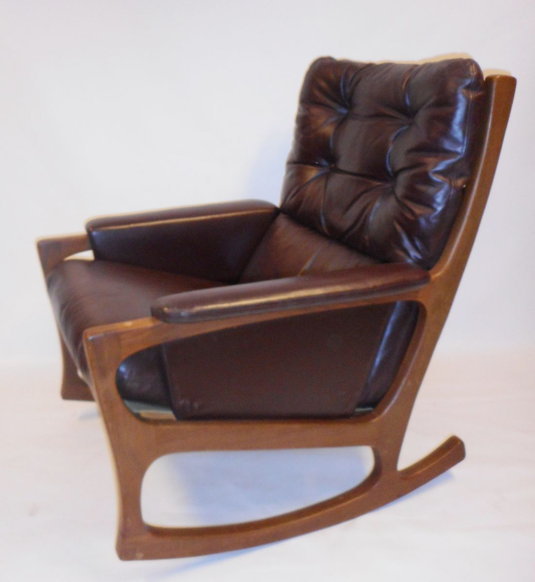 midcentury nordic style rocking chair