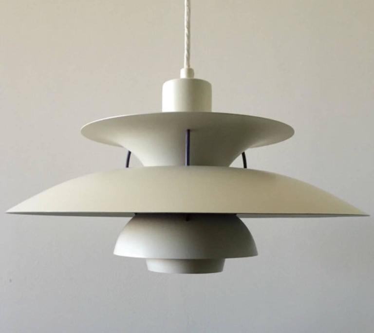 vintage white ph5 ceiling light by poul henningsen for. Black Bedroom Furniture Sets. Home Design Ideas