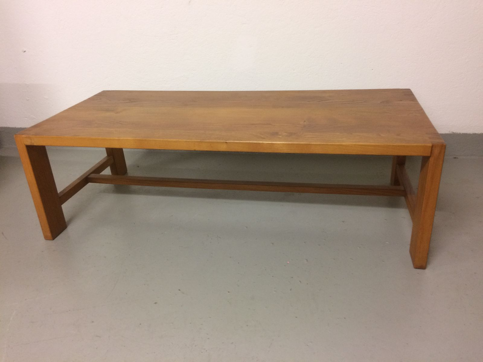 T04 Solid Elm Coffee Table By Pierre Chapo 1970s For Sale At Pamono