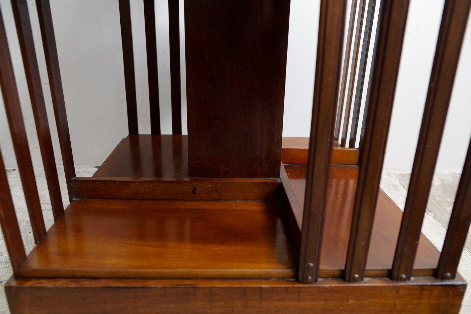 drehbares englisches b cherregal 1900er bei pamono kaufen. Black Bedroom Furniture Sets. Home Design Ideas