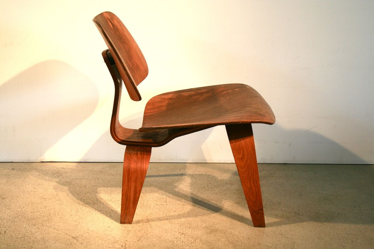 Lcw chair by charles eames for herman miller for sale at for Eames chair nachbau deutschland