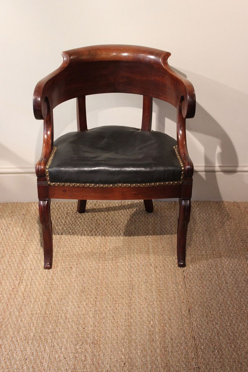 sold out - Mahogany Desk