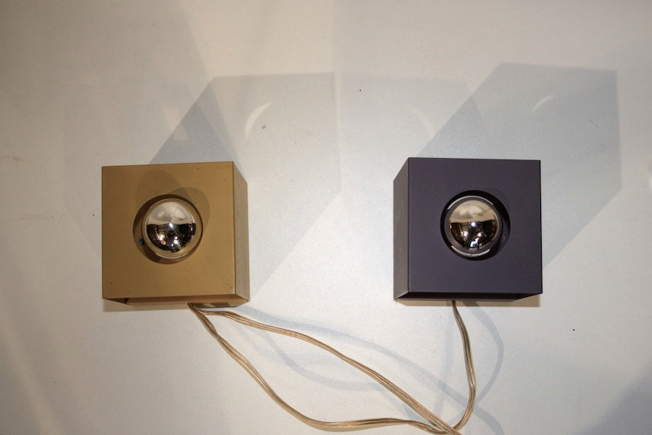 Philips Stylo Wall Lights : Vintage Modernist Cube Wall Lamps from Philips, Set of 2 for sale at Pamono